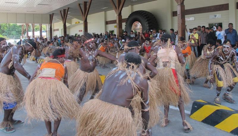 Ada Papua Black, Brown dan Papua White